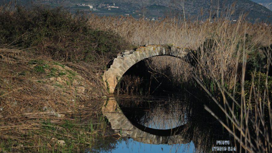 Ένα γεφύρι από την Τουρκοκρατία ανακάλυψαν στον βάλτο Άργους